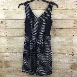 🍁H&M Divided Sleeveless Dress